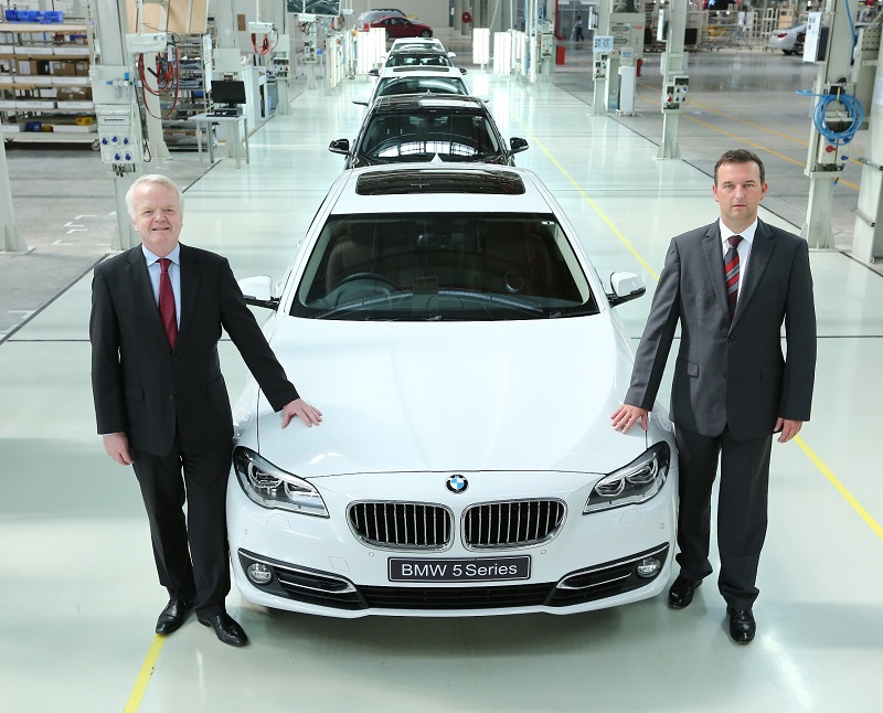 BMW-Chennai-Plant-40000-Car-production-5-Series (1)