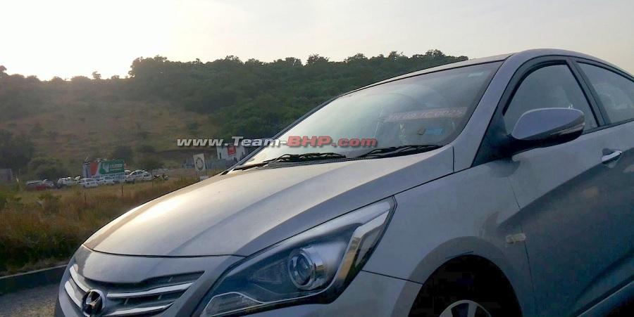 Hyundai-Verna-Facelift-Spy-Pics-headlamps