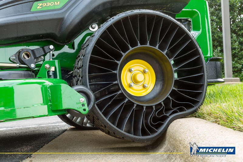 MICHELIN_X_TWEEL_TURF_Print-airless-tyres