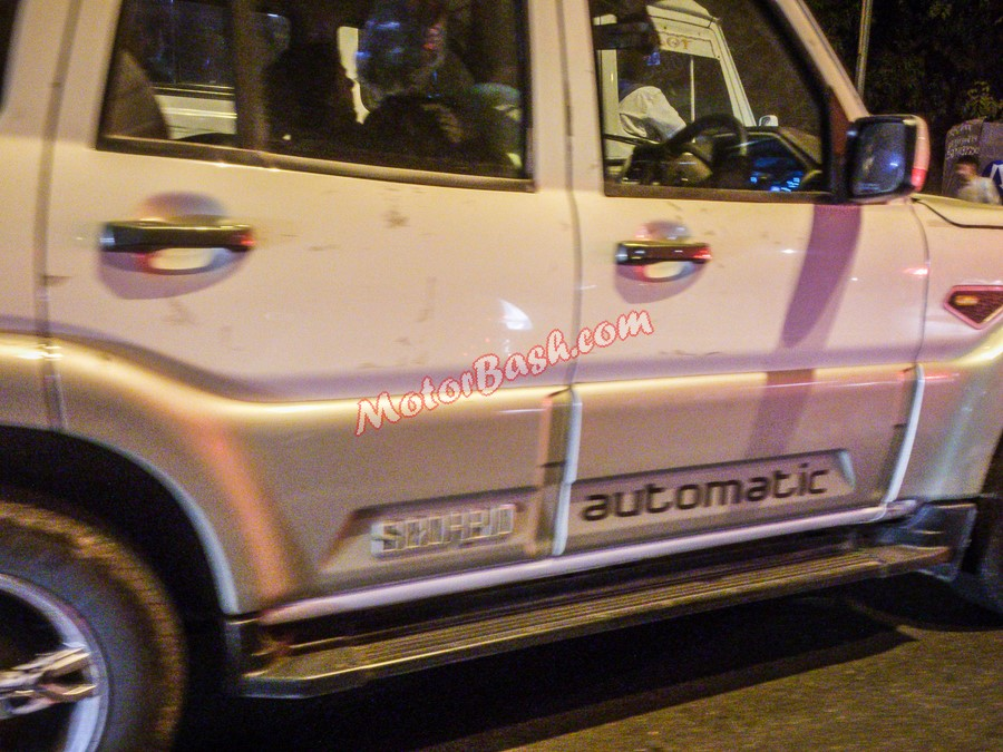 New-Mahindra-Scorpio-Automatic-Spy-Pic (1)