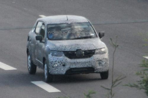 Renault-Low-Cost-Sub-Duster-Compact-SUV-Crossover-Spy-Pics (4)