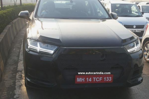 Next-Gen-Audi-Q7-Spy-Pic-India-front