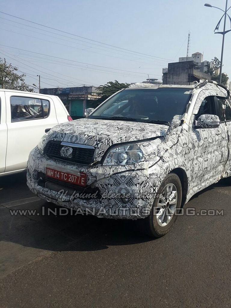 Toyota-Rush-spied-in-India