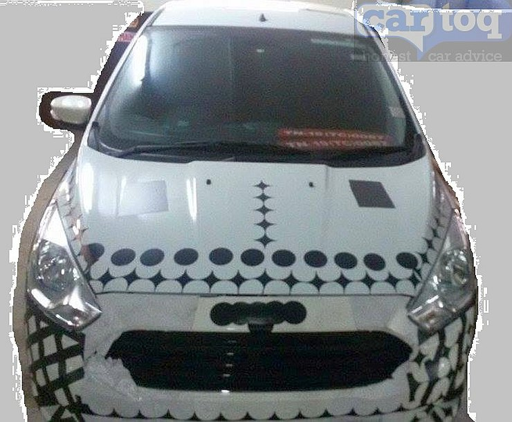 New-2015-Next-Gen-Figo-Spy-Pics-India-grille-headlamps