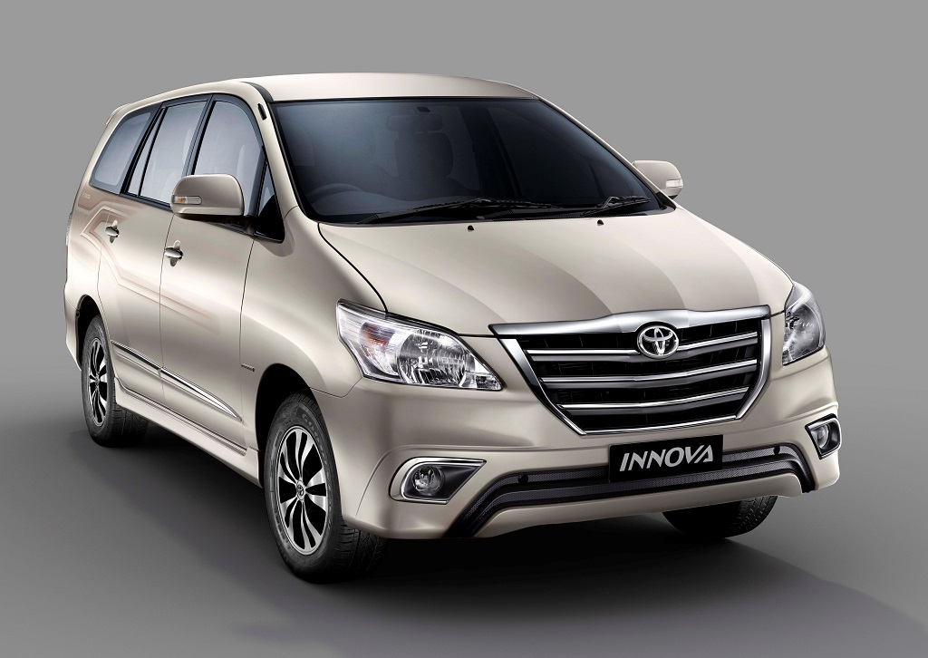 New 2015 Fortuner 3 0 4x4 At Amp Innova Launched Price Details