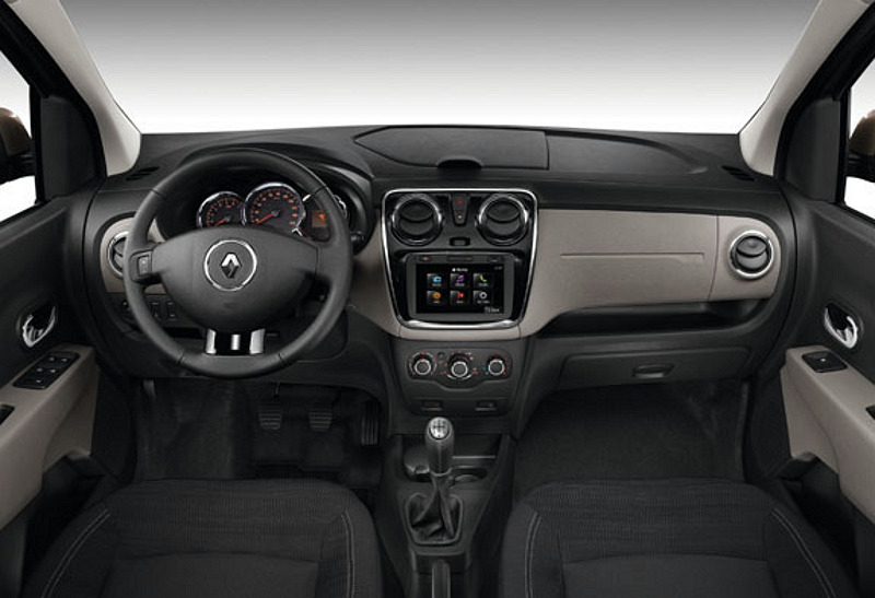 Renault-Lodgy-Interiors-Official-Pic