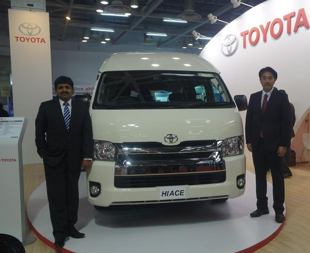 Toyota-Hiace-Pic-India (1)