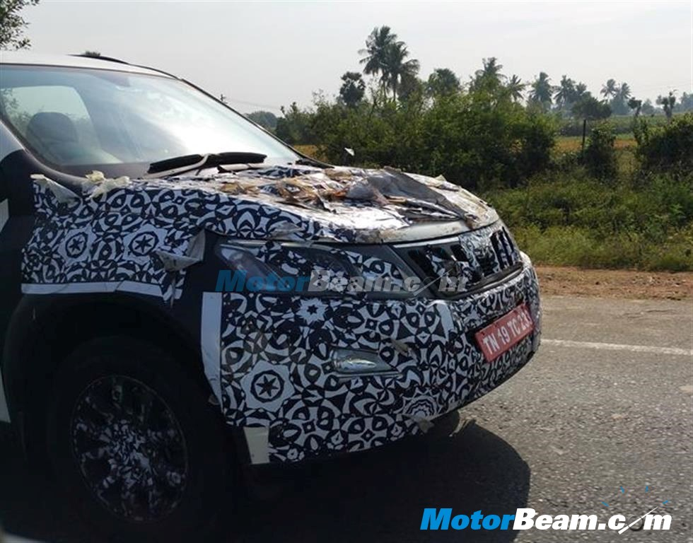 New-2015-Mahindra-XUV500-facelift-new-front