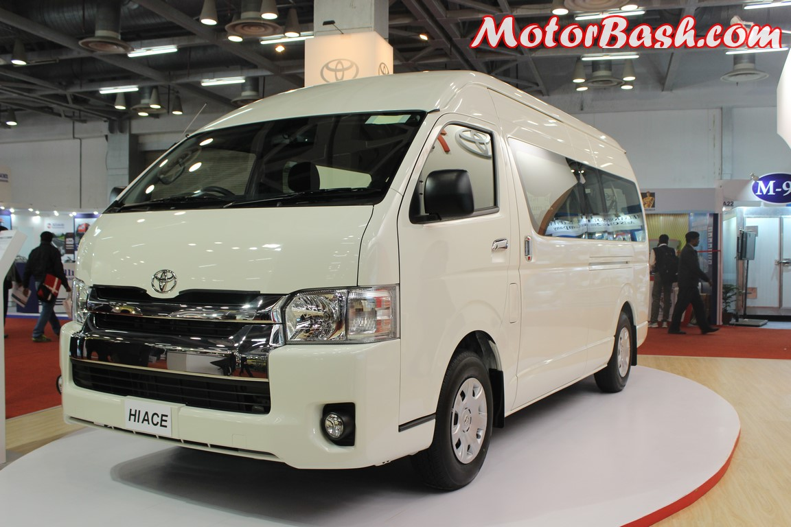 10 Seater Cars In India >> 10-Seater Toyota Price May Be 40 Lakhs; Launch Second Half