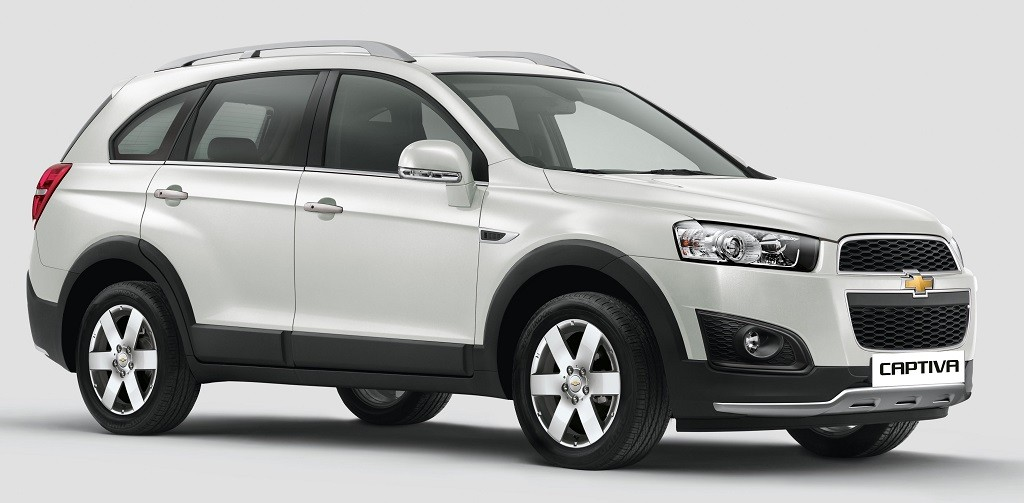 2015 chevrolet captiva launched price pics features. Black Bedroom Furniture Sets. Home Design Ideas