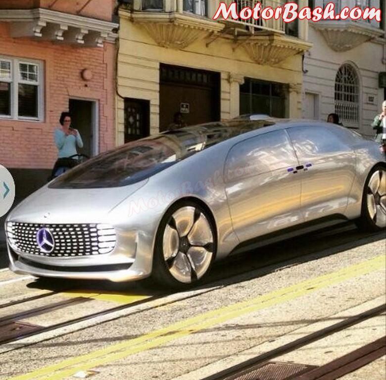Mercedes-F015-Self-Drive-Concept