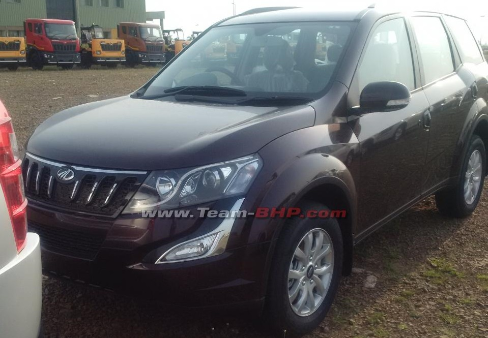 2015-Mahindra-XUV500-facelift-alloys