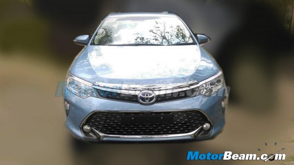 2015 Toyota Camry 2