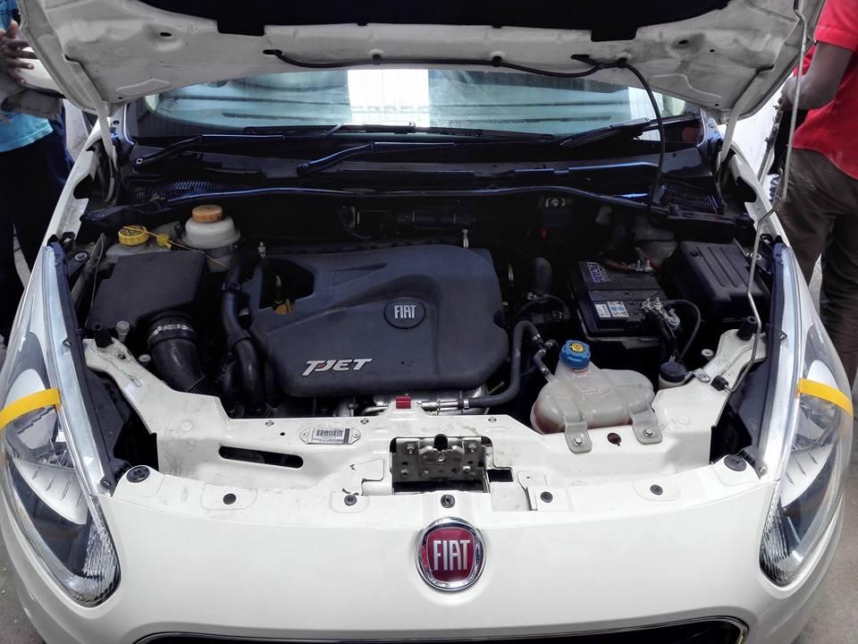 Fiat-Abarth-Punto-T-jet-India-engine