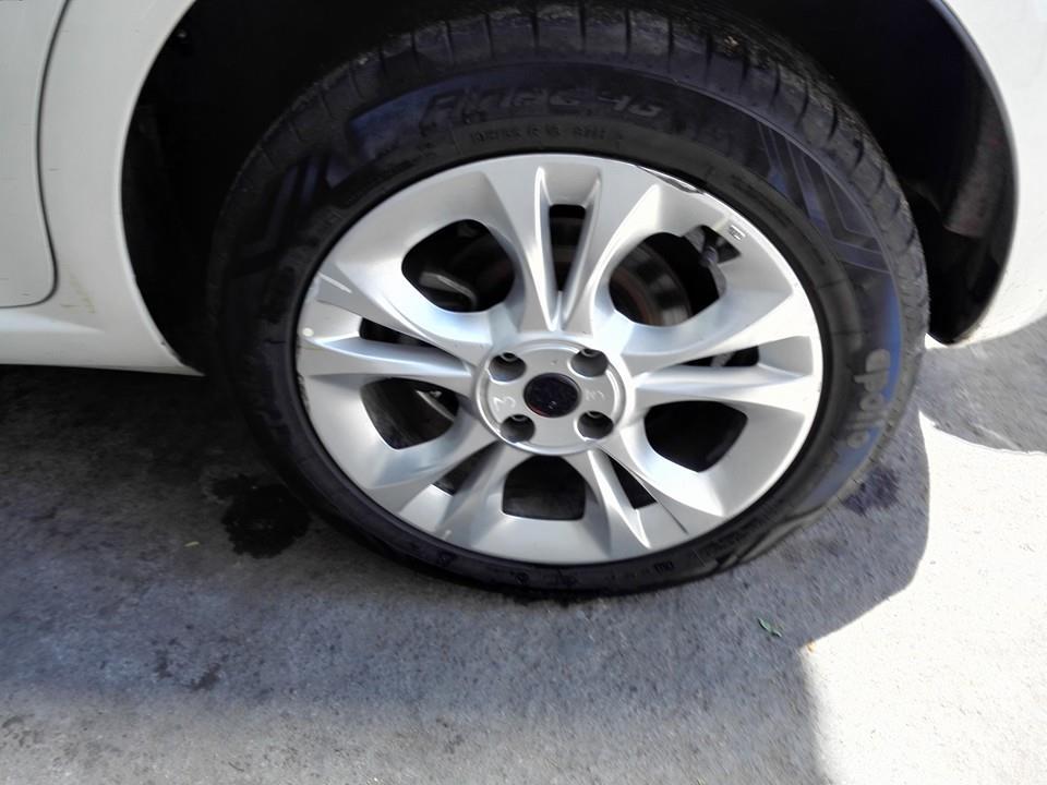 Fiat-Abarth-Punto-T-jet-India-rear-disc-brakes