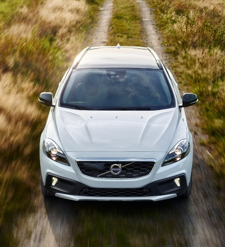 volvo v40 cross country petrol launched price features. Black Bedroom Furniture Sets. Home Design Ideas