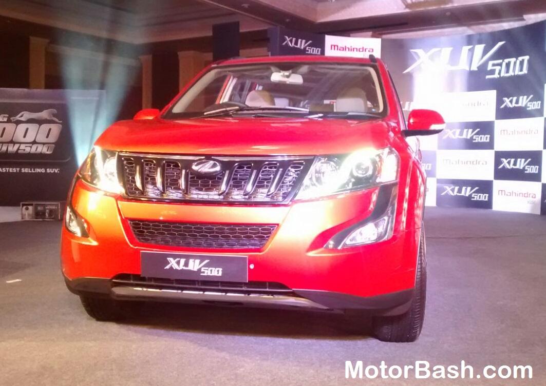 New-2015-Mahindra-XUV500-Pics (2)