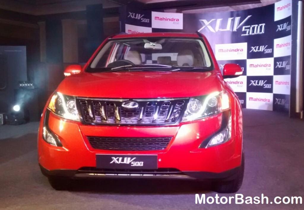 New-2015-Mahindra-XUV500-Pics (3)