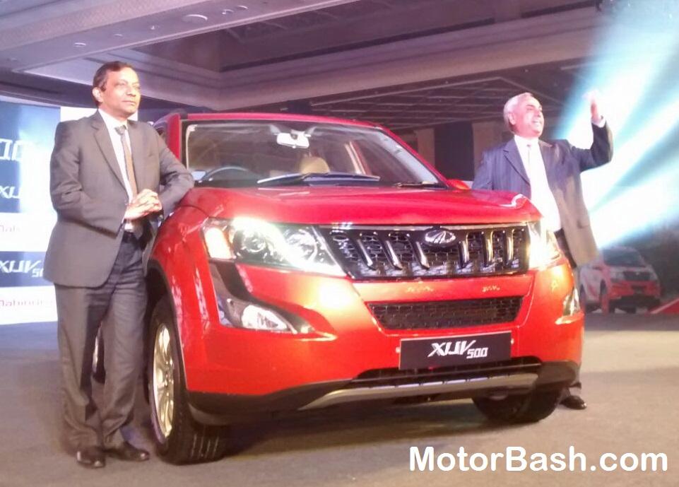 New-2015-Mahindra-XUV500-Pics (5)