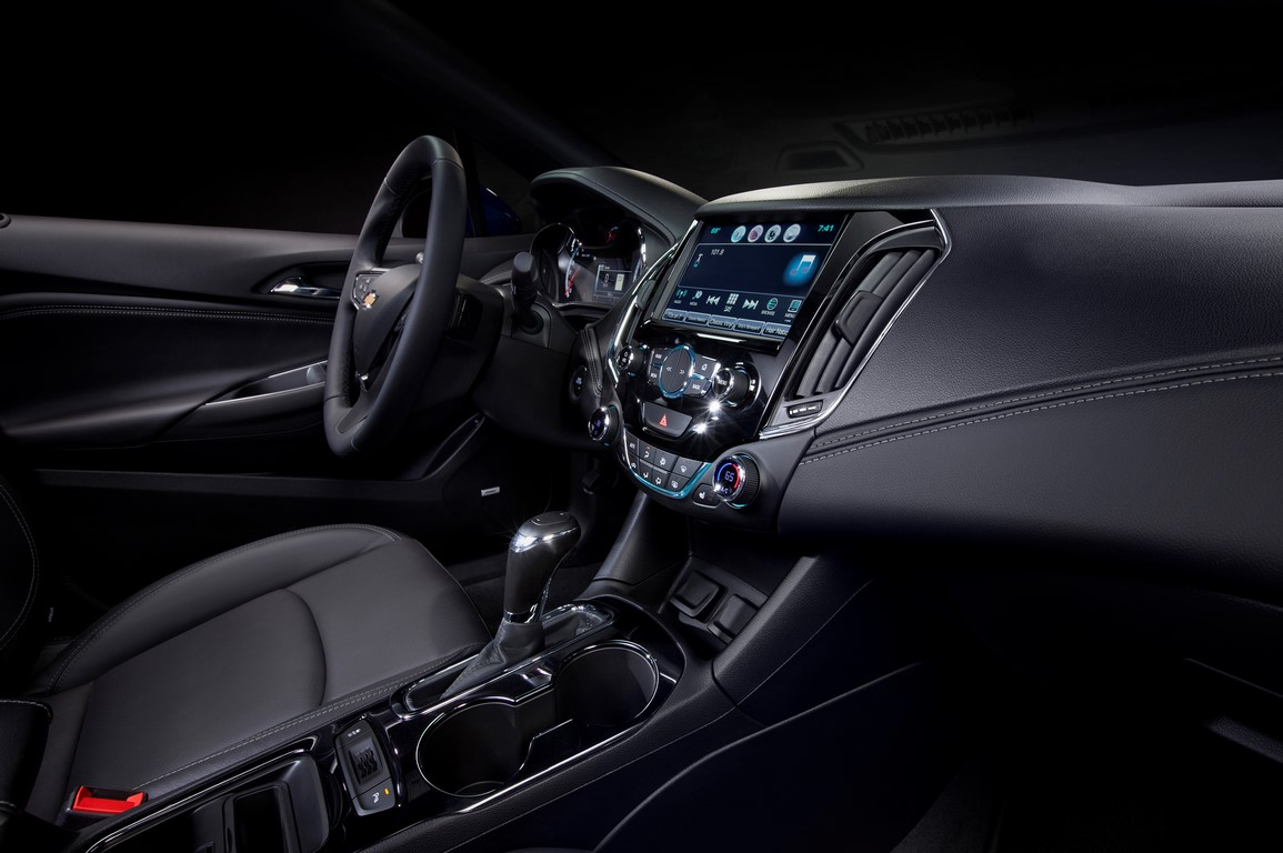Next gen 2016 cruze unveiled pics features engine all for Interieur 010