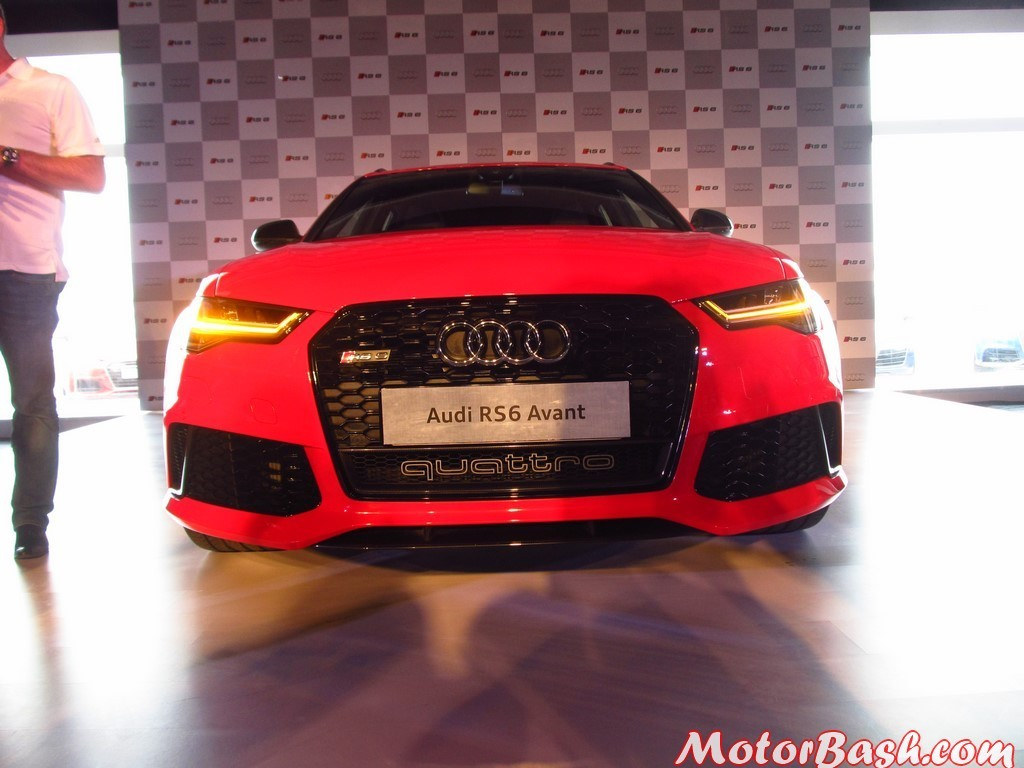 Audi RS 6 Avant 26