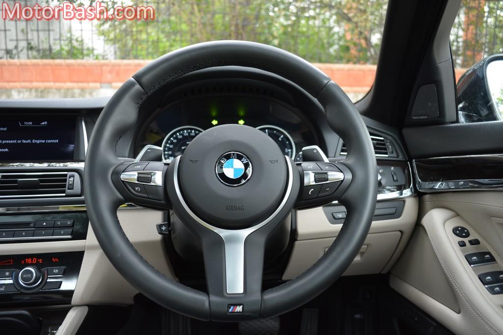 BMW 530d M Sport steering