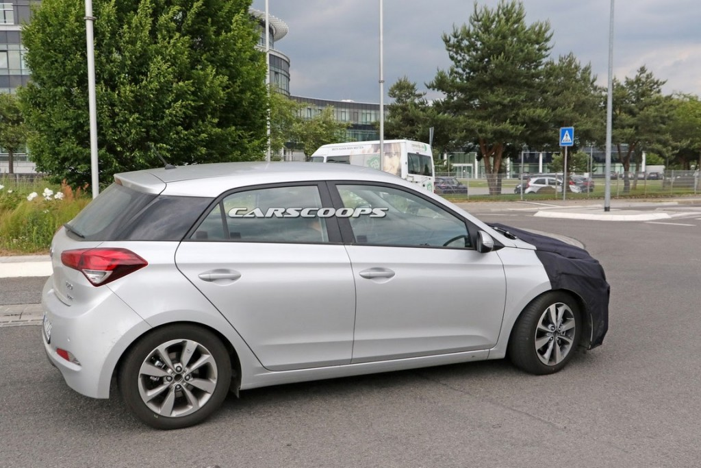 Hyundai i20 spy shot 2