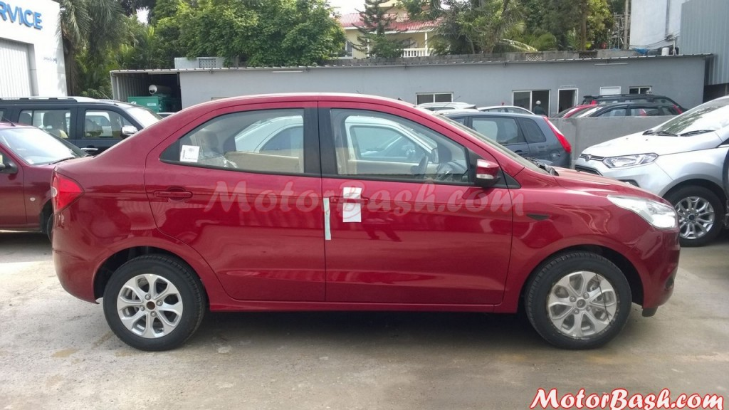 Ford Figo Aspire side