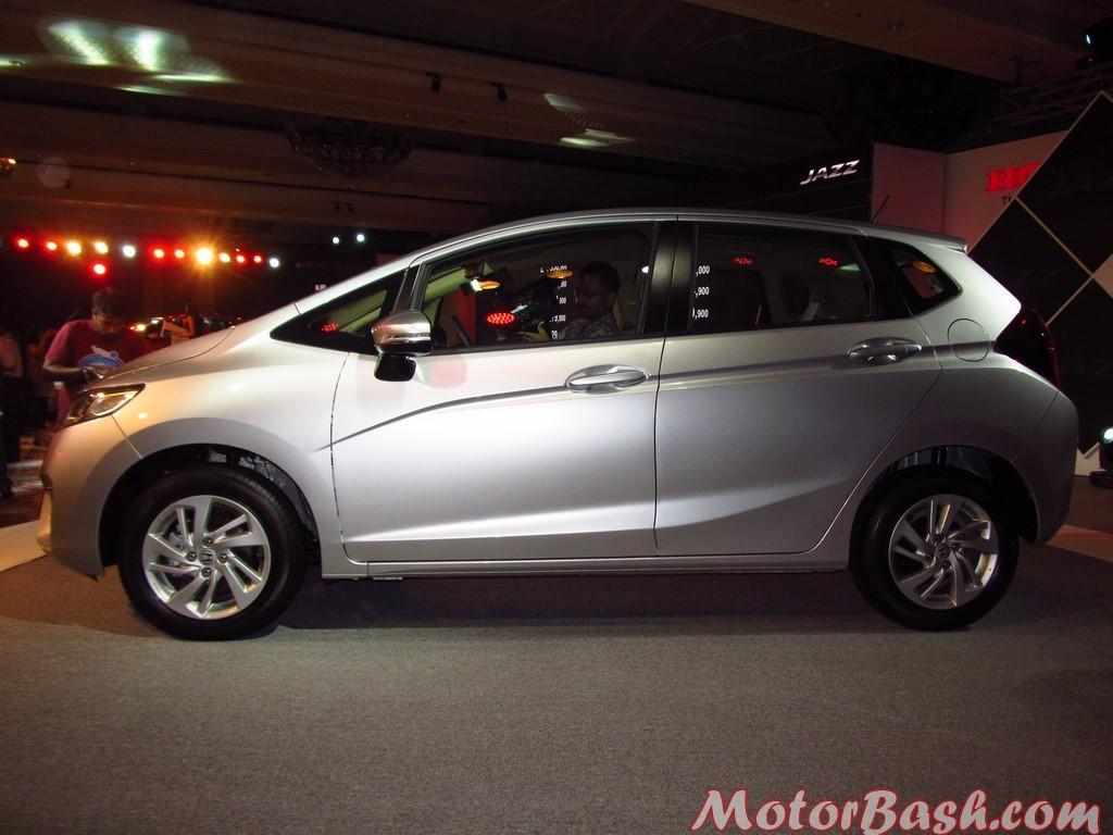 Honda Jazz side 5