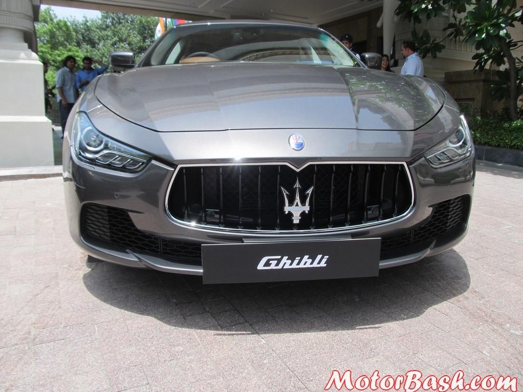 Maserati Ghibli front nose