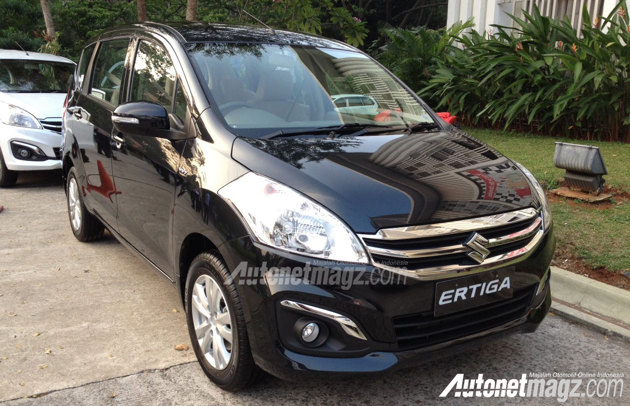 2015-Ertiga-Facelift-Pics-front-black