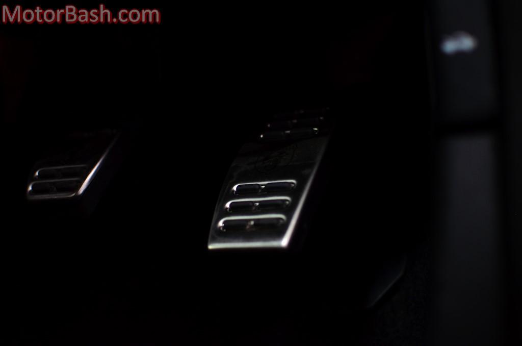 Fiat-Punto-Abarth-Grey-paddles