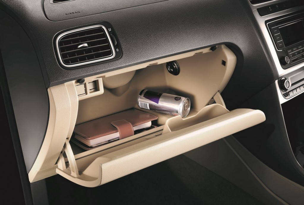 2015 Volkswagen Polo Cooled glove box