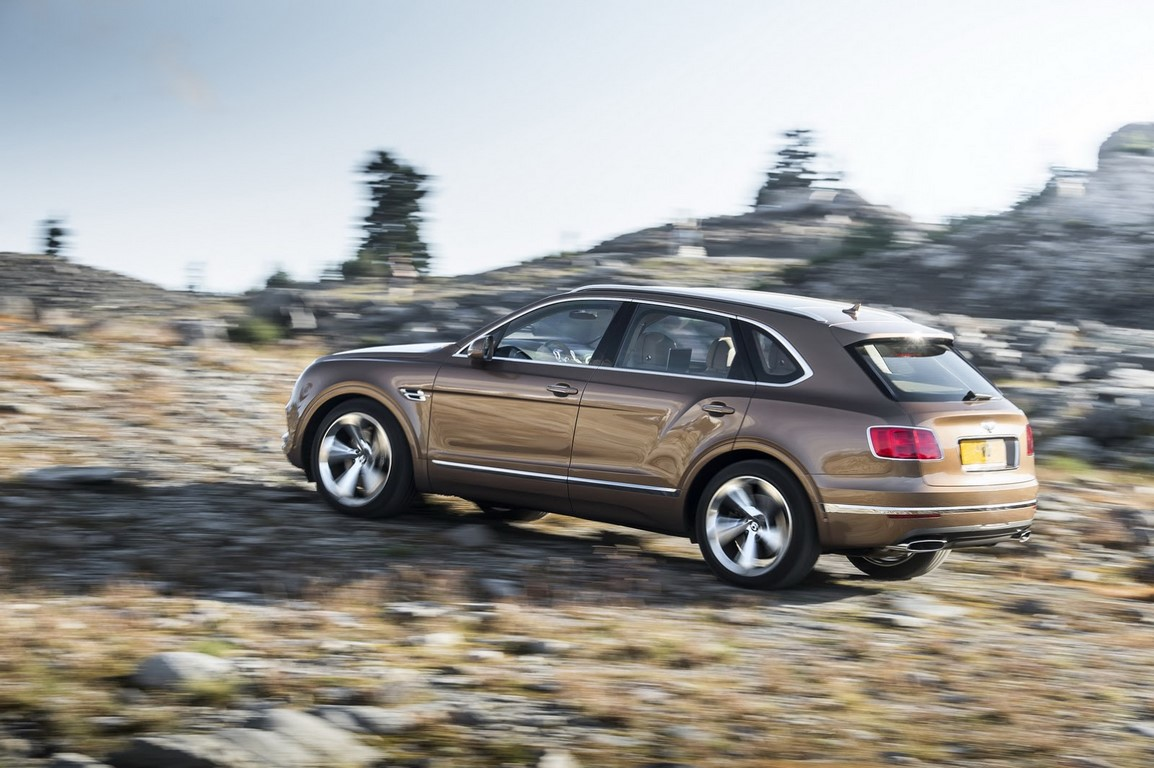 First suv bentley bentayga unveiled world s fastest suv