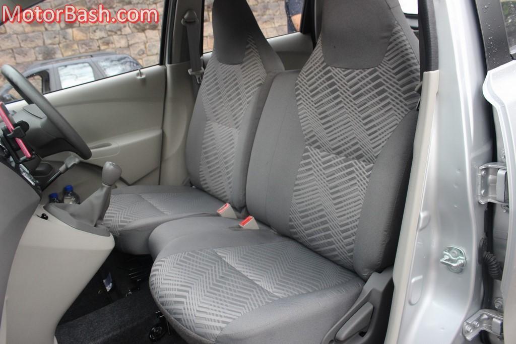 Datsun GO front seats
