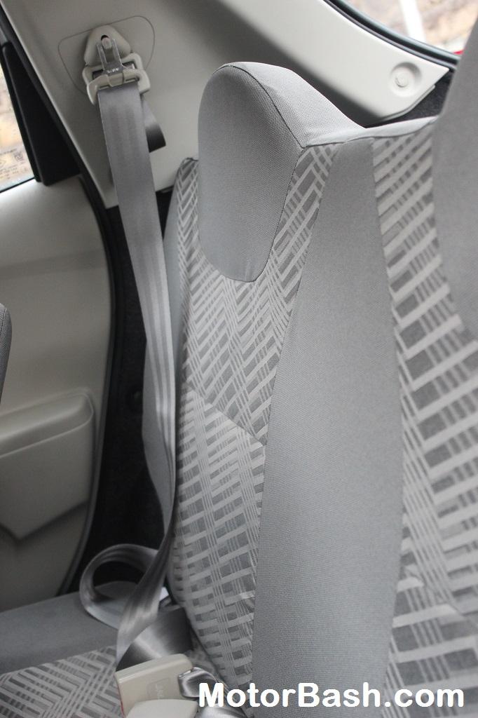 Datsun-Go-Retractable-Seat-belts