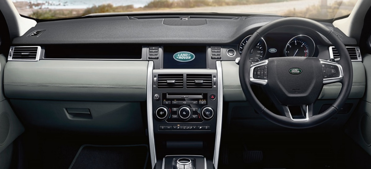 New-Land-Rover-Discovery-Sport-Pics-interiors
