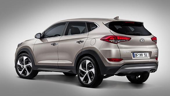 2016-Hyundai-Tucson-Pics-side