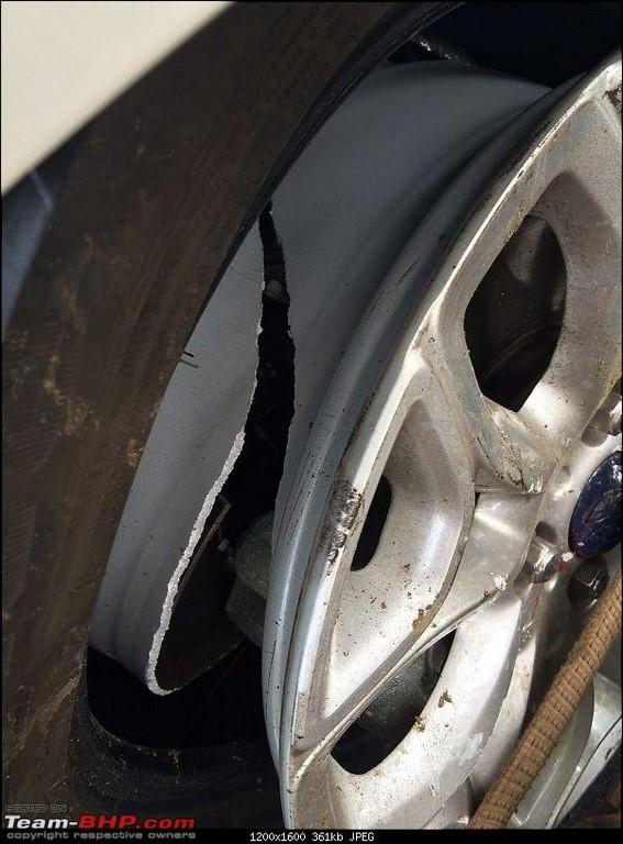 Ford EcoSport crash 3