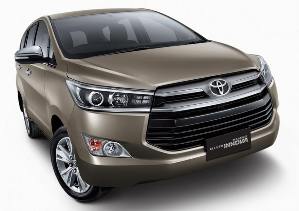 Toyota Innova front 2