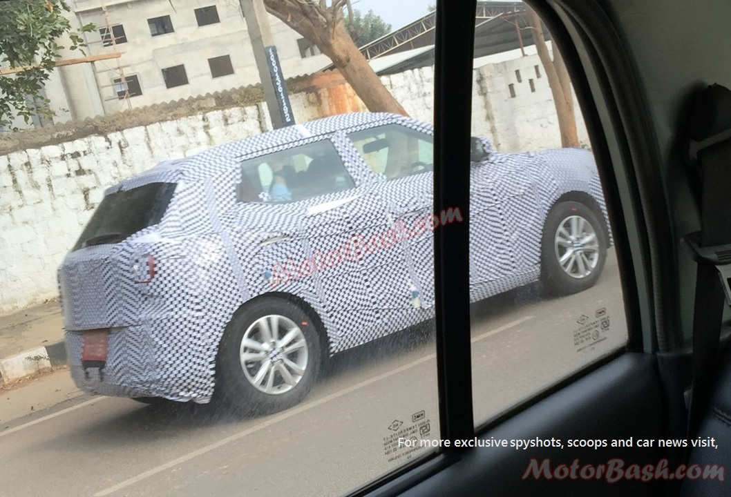 Mahindra Ssangyong Tivoli Spy Pic India Side