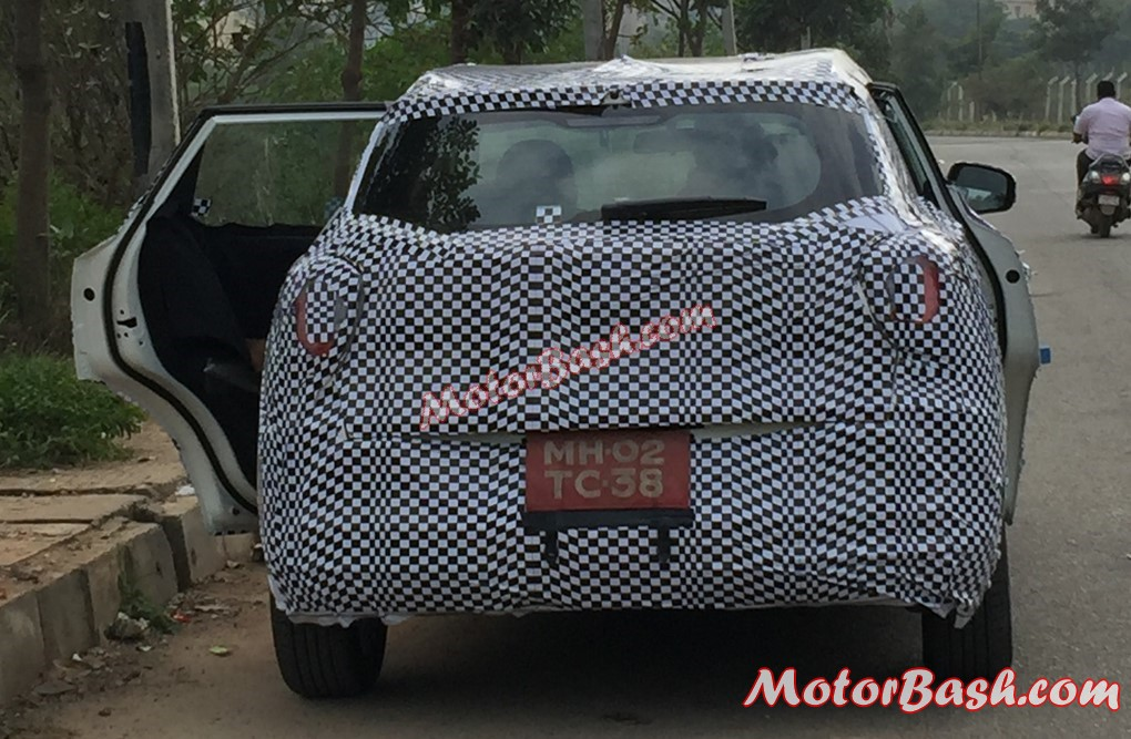 Mahindra-Tivoli-Compact-SUV-India-Rear (1)