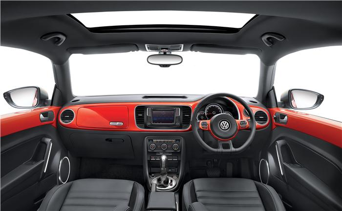 New-Volkswagen-Beetle-Interiors