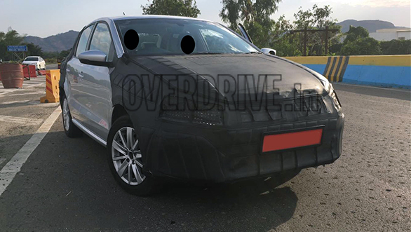 Volkswagen Ameo Compact Sedan Pics front