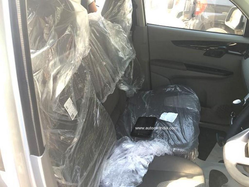 KUV100 Interiors - Seats
