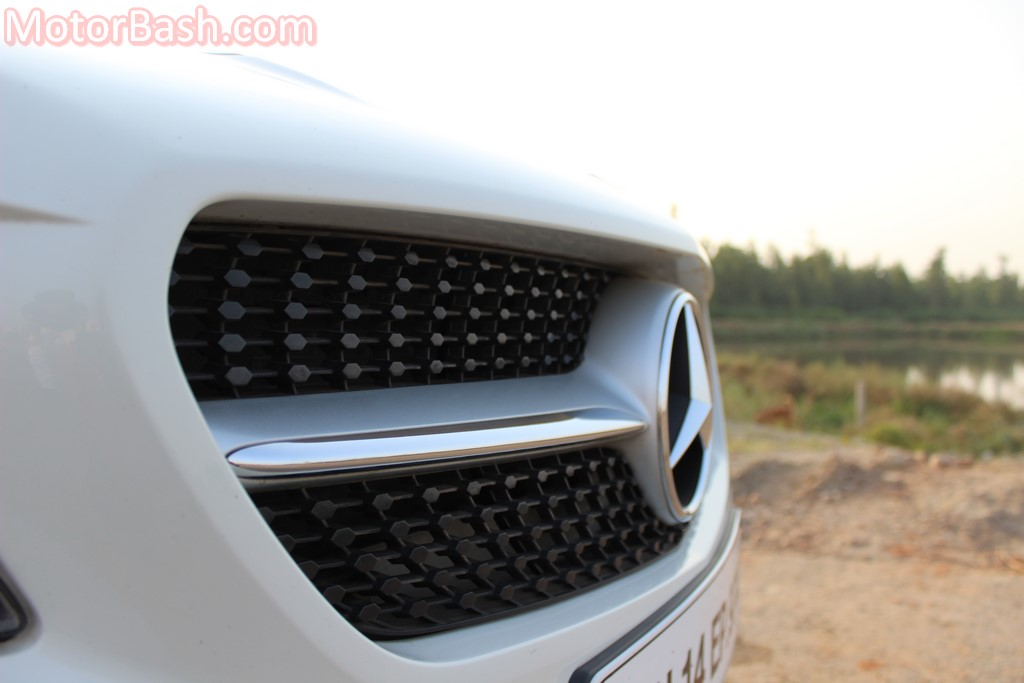 CLA Sport grille