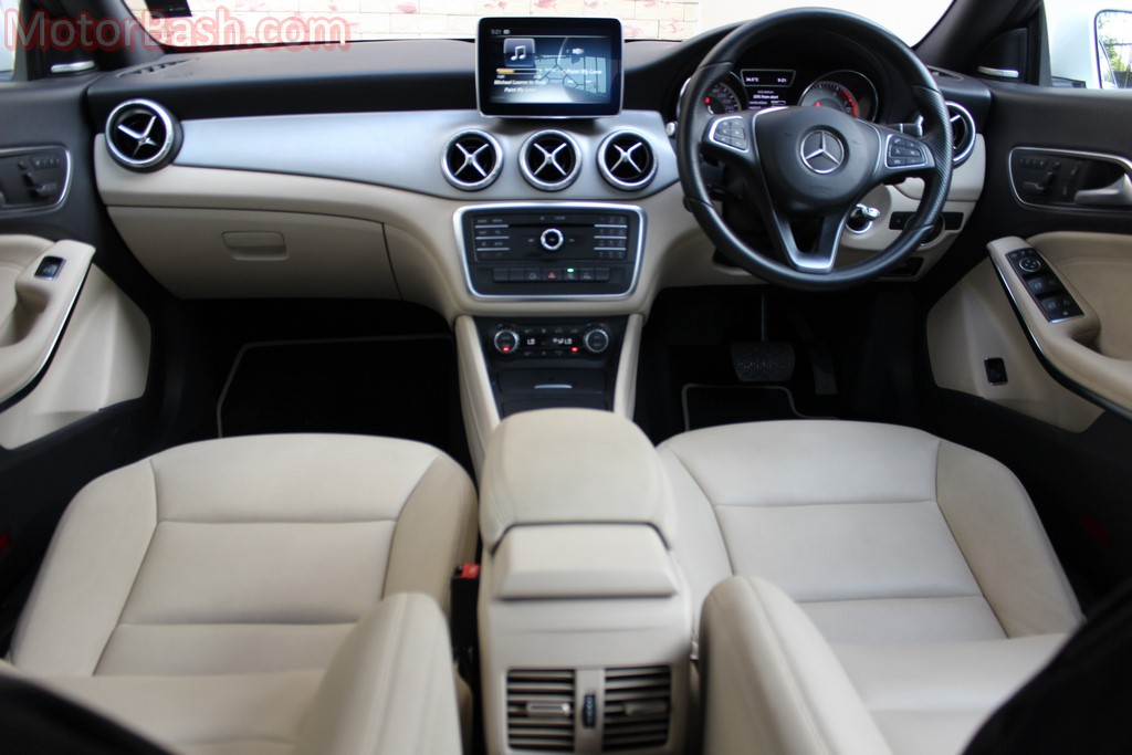 CLA 200 Review - Interiors