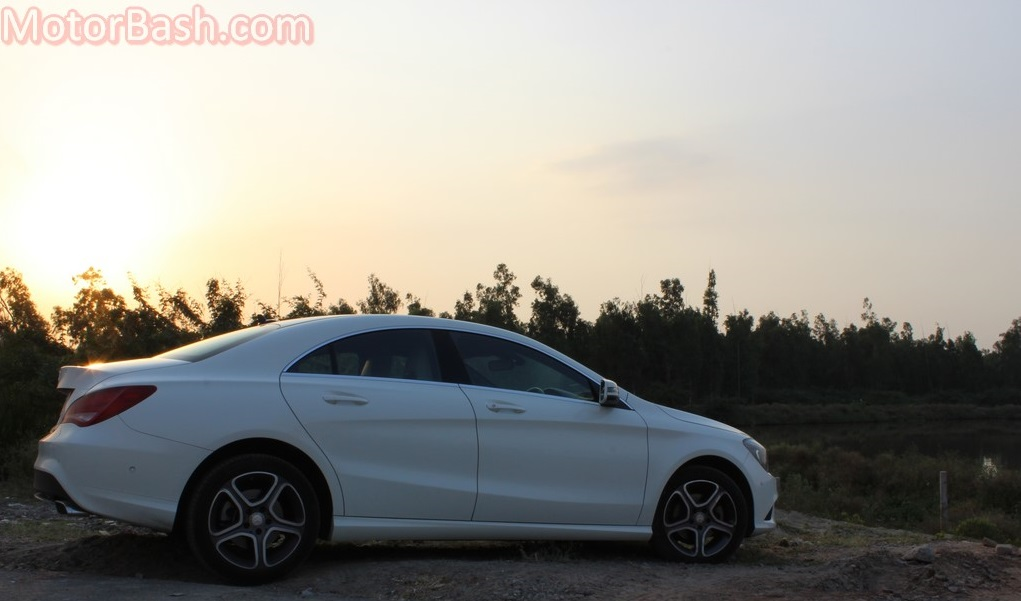 Mercedes CLA 200 Review - coupe like profile