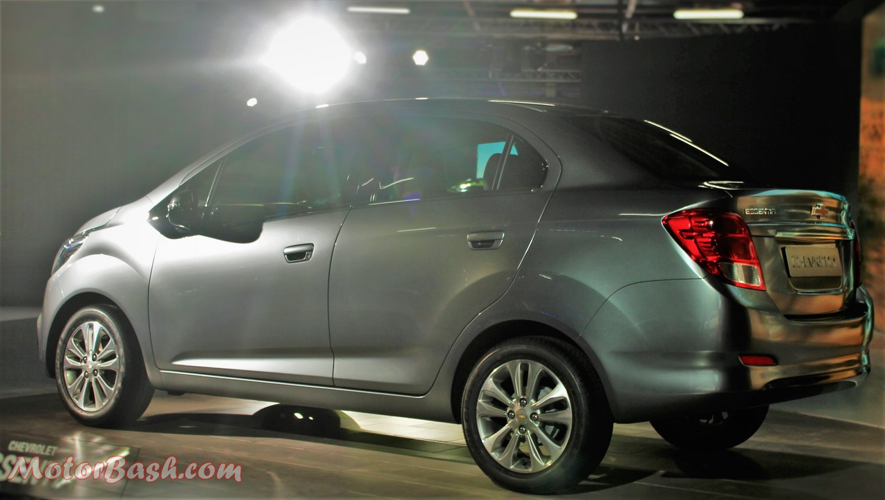 Chevrolet Essentia Compact Sedan Pic Grey Rear