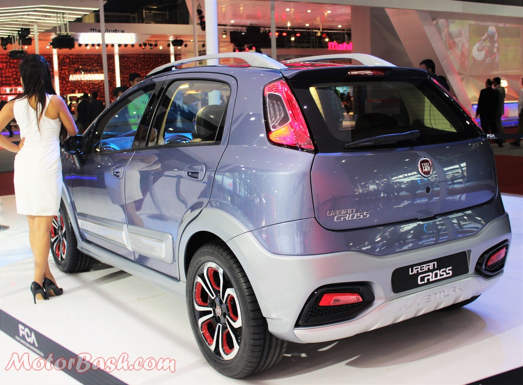 Fiat Avventura Urban Cross Pics rear